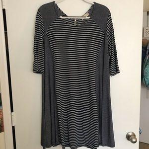 Striped 3/4 sleeve soft dress